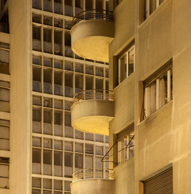 MODERNIST BUILDINGS IN ATHENS